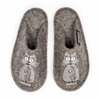 Filzpatschen aus Tirol: Wildkatze Wolle Steinschaf Katze Design